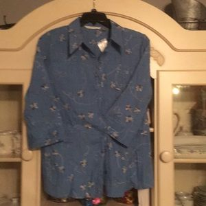 Fred David Woman blouse. Blue size 1X NWT